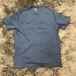 Kirkland Signature   Men's T-shirt   Blue   Small